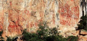 zhuang rock painting