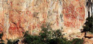 zhuang rock painting